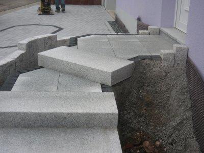 Marche bloc et dalles en granit et pav s de rives en for Bloc marche escalier