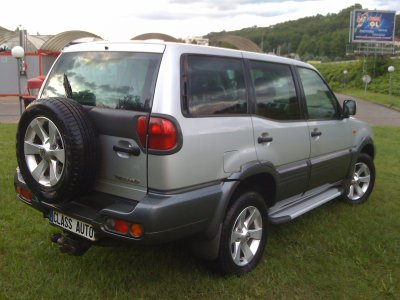 nissan terrano ii 7 places 125cv an 02 2005 12000kms d origine vendu le 03 11 2011. Black Bedroom Furniture Sets. Home Design Ideas