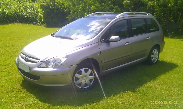 peugeot 307 sw 1 6l hdi 110cv 7 places an 10  2004