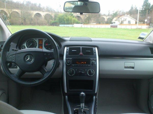 mercedes classe b 200cdi cvt boite auto 123000kms an 11. Black Bedroom Furniture Sets. Home Design Ideas