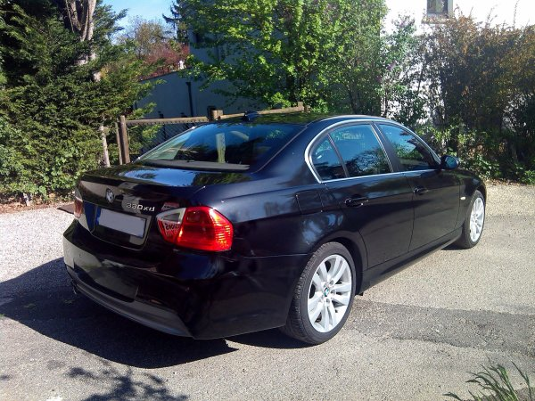 bmw 330xd e90 pack m aero 231cv 146000kms 231cv 5 portes. Black Bedroom Furniture Sets. Home Design Ideas