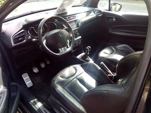 ds3 1 6l thp 150cv an 2011 cuir gps myway 69000kms en stock class auto 69. Black Bedroom Furniture Sets. Home Design Ideas