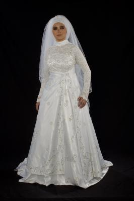 robe de mari e musulmanes longues manches et voile