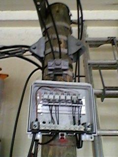 pose et raccordement d un boitier mx sur poteau telecom 1 amorce blog de albroeck. Black Bedroom Furniture Sets. Home Design Ideas