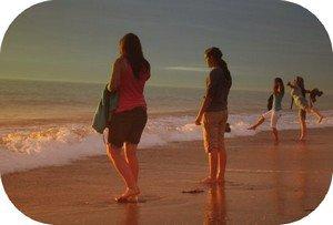 Les amis sont une deuxi�me famille, et celui qui ne le pense pas, c'est celui qui ne s'est jamais retrouv� � bord de l'inconnu.