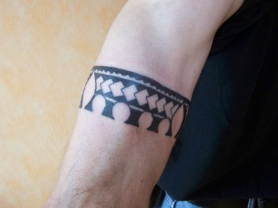 tatouage bracelet tribal polynesien photo 1 artstattooraph. Black Bedroom Furniture Sets. Home Design Ideas