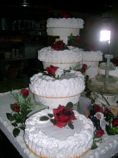 Gateau de mariage americain avec fontaine id es et d - Presentoire gateau mariage ...