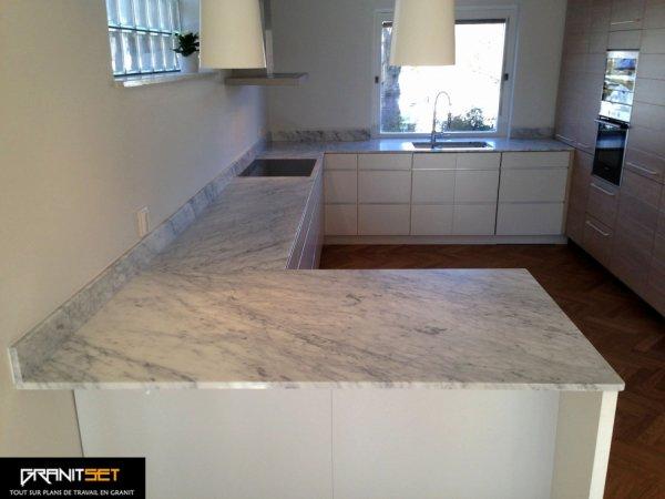 articles de granitset tagg s plan de travail en marbre. Black Bedroom Furniture Sets. Home Design Ideas