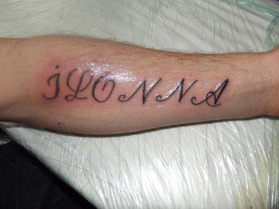 tattoo ecriture sur le bras