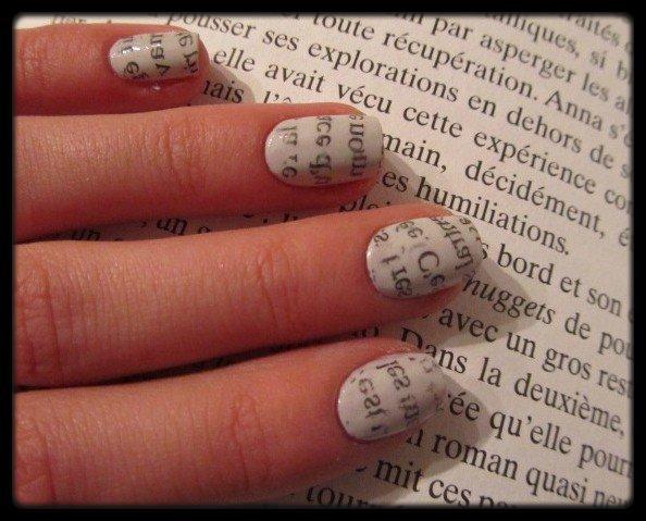 Nail-art papier journal - Le Blog de Bertille