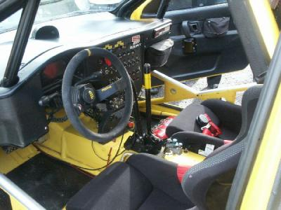 Interieur d 39 une seat cordoba wrc rallye men for Interieur wrc