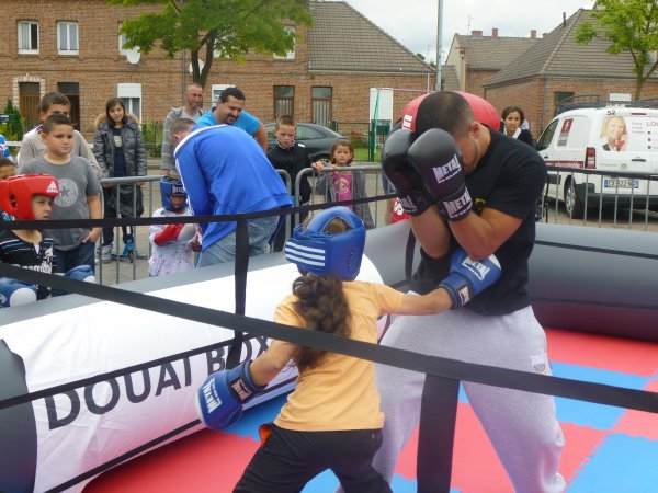 initiation boxe place des corons verts a dorignies le 28 juin 2014