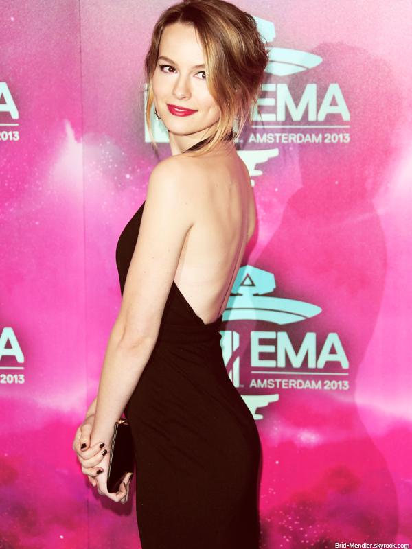 10 Novembre 2013 | Bridgit �tait � la c�r�monie des Europe Music Awards � Amsterdam