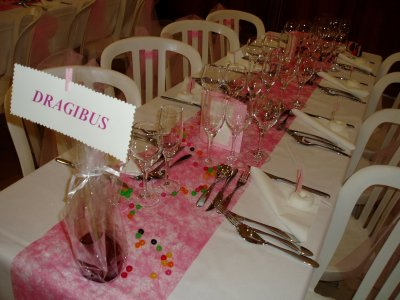 D coration de table gourmande organisation de mariage for Decoration table gourmandise