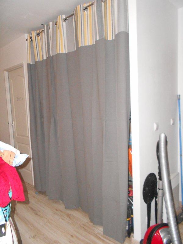 Les rideaux du placard de la salle a manger blog de - Rideaux de salle a manger ...