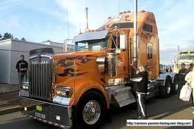 les plus beau camion du monde ss le coeur mort de nos seigneurs. Black Bedroom Furniture Sets. Home Design Ideas