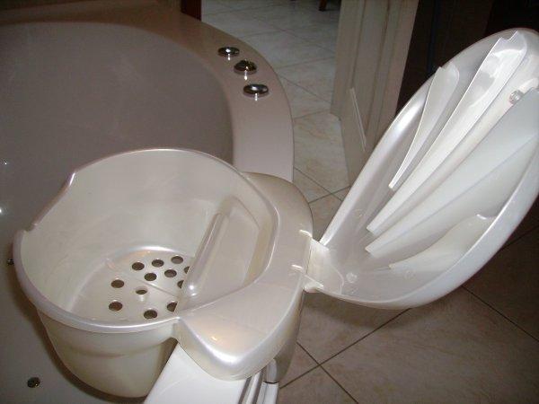 bac de rangement pour accessoires b b ok baby pour salle de bain blog de les ptits diables. Black Bedroom Furniture Sets. Home Design Ideas
