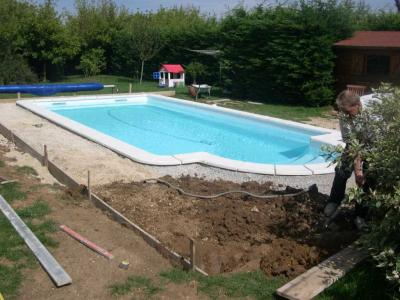 D but du coffrage pour la dalle b ton travaux de ma piscine for Dalle beton autour piscine