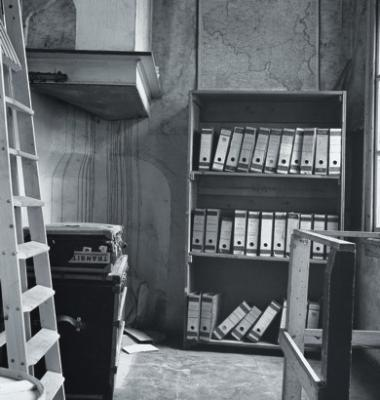 la biblioth que pivotante la seconde guerre mondial. Black Bedroom Furniture Sets. Home Design Ideas