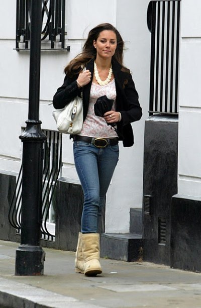 Out And About In Uggs 17 May 2007 Waity Katie