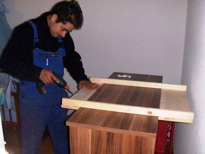 Montage et fabrication maison de la table a langer par papa le 1er septembre 2010 r ves et - Fabriquer une table a langer murale ...