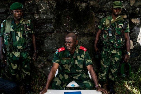 La purge continue...Le g�n�ral Lucien Bahuma meurt � la suite d'un empoisonnement commandit� par Kabila