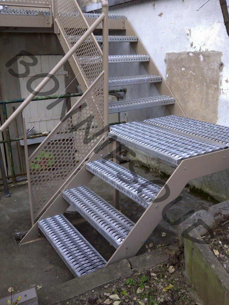 bonnif 39 fabrication escaliers exterieur caillebotis bonnif serrurerie metallerie nancy. Black Bedroom Furniture Sets. Home Design Ideas