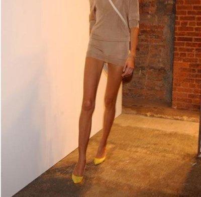 Thin legs girls