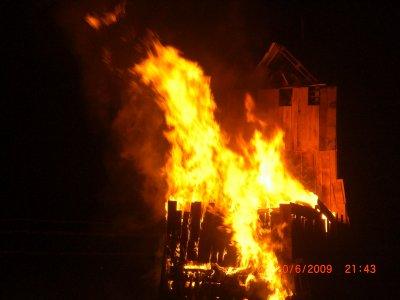 Au feu les pompiers ya la maison qui brule blog officiel for Au feu les pompiers la maison