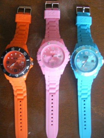 Montre ice watch orange rose et bleu turquoise vendeuse - Montre ice watch bleu turquoise ...