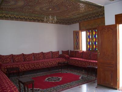 Blog de villa meknes villa a meknes for Porte de salon marocain