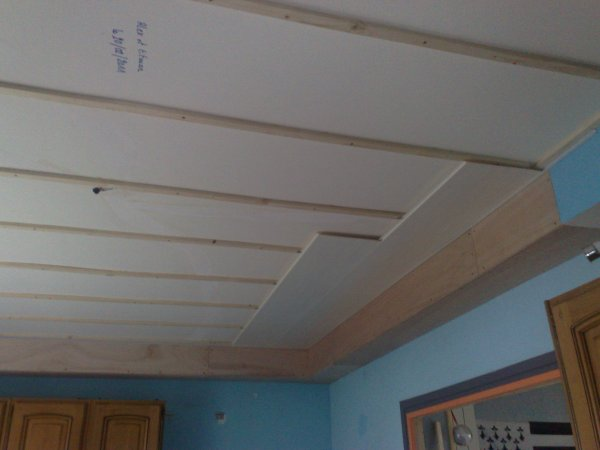 Prolongation de la gaine technique et latage pour faux for Faux plafond en pvc