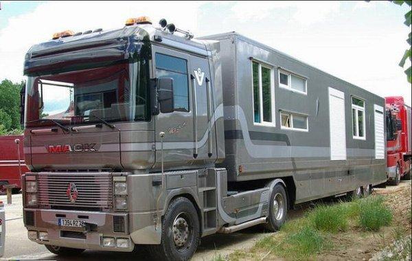 caravanes modernes pinder au 1 87. Black Bedroom Furniture Sets. Home Design Ideas