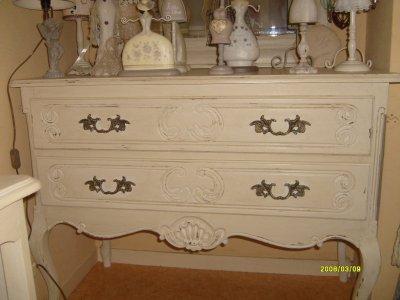 Commode Decoration Brocante Patine De Meuble Broderie