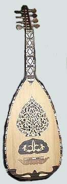 La fabrication du luth oriental ou « oud » est un art authentique et un savoir-faire qui échappe à toute tentative de contrefaçon.