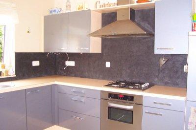 mur de fond de la cuisine projet immobilier. Black Bedroom Furniture Sets. Home Design Ideas