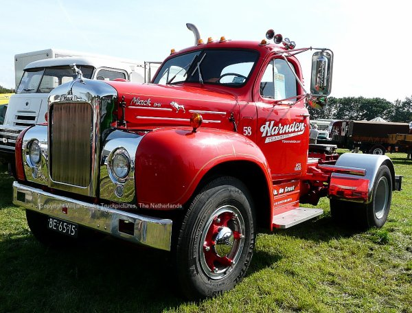 Mack B67 De Groot, Giessenburg, The Netherlands