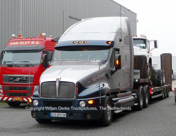 Kenworth t2000 montpellier france american trucks for Interieur kenworth t2000