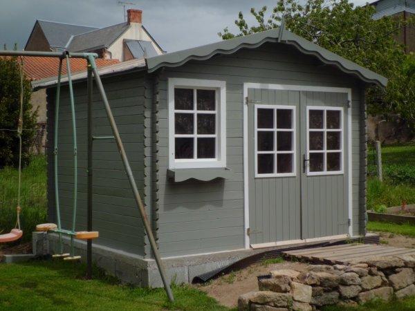 Abri de jardin fini et peint notre p 39 tiote maison en vend e - Cabane jardin peinte argenteuil ...