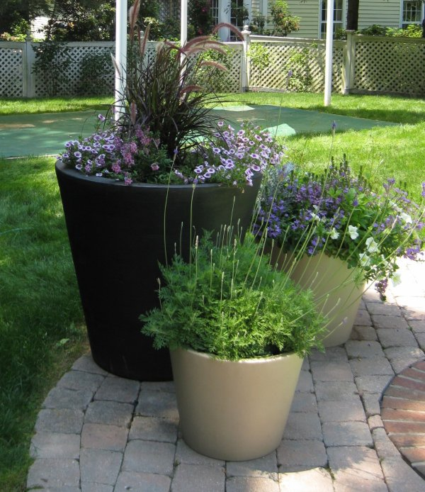 Garden design ideas flower garden designs simple for Basic small garden design