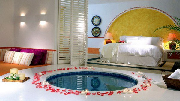 Romantic bedrooms teens bedrooms design girl bedroom for Beautiful room designs for couples