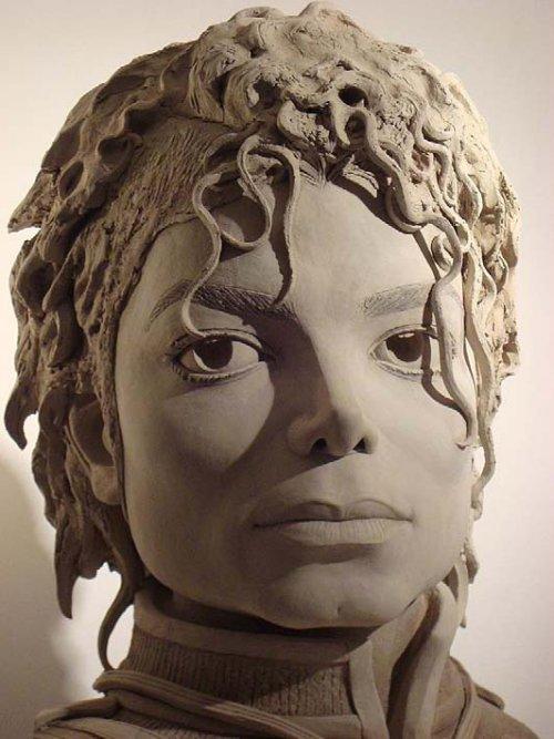Une sculpture du visage de michael jackson exposée bientôt