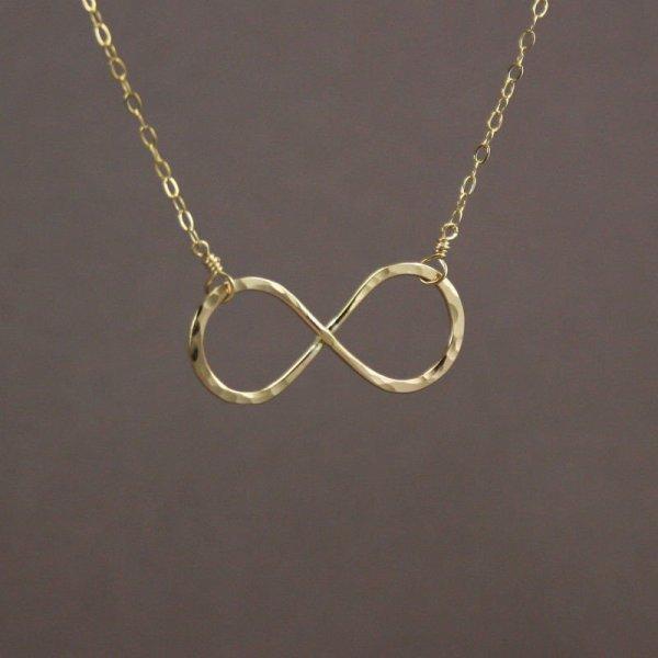 Collier signe de l 39 infini blog de mode clarisse - Le signe de l infini ...