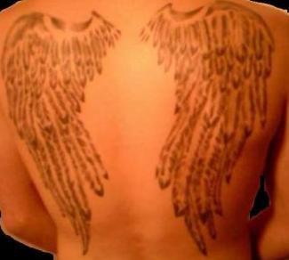 Tatouage aile d ange galerien jusko bout - Tatouage ailes d ange ...