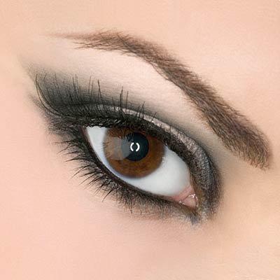 maquillage des yeux selon leur forme yeux brun marron astuce beaut pour nous que les femmes. Black Bedroom Furniture Sets. Home Design Ideas