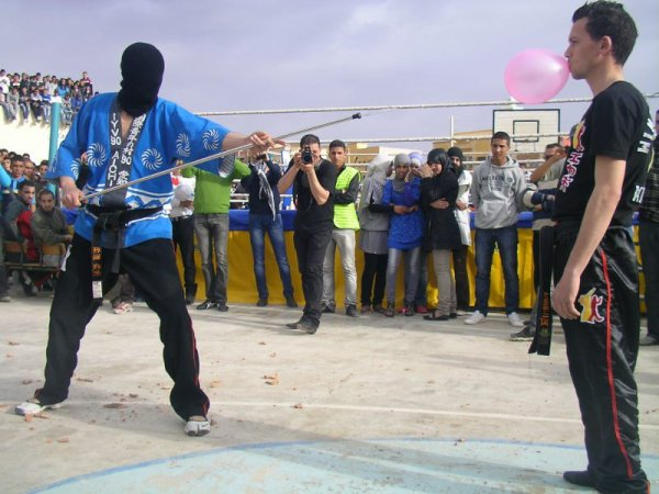 DEMONSTRATION au lyc�e zaytoun 17 mars 2012.