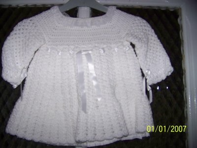 Robe de bapteme bebe tricoter au crochet avec une doublure blog de geraldine59540 - Robe bebe en crochet avec grille ...