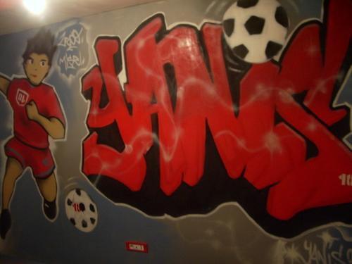 Chambre d 39 enfant yanis blog de graffiti decoration okez for Chambre yanis