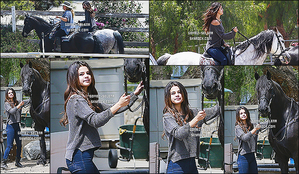 18/04/14 : Au cours de la journ�e, Selena Gomez a �t� photographi� dans un centre �questre, � Los Angeles.   Selena est actuellement en train de faire le photoshoot promotionnelle de sa collection estival 2014 pour sa collection de v�tements : DOL.