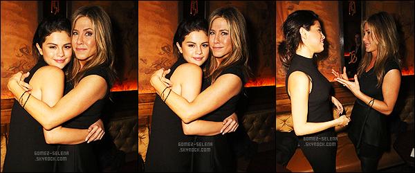 - 05/12/14 :  Selena en train d'assister  au March Of Dimes Celebration Of Babies, se d�roulant � Los Angeles. C'est v�tue de noir que la Gomez �tait � cette �v�nement. Je trouve la robe tr�s jolie et tr�s simple mais plus de couleurs dans sa tenue serait bien.   -